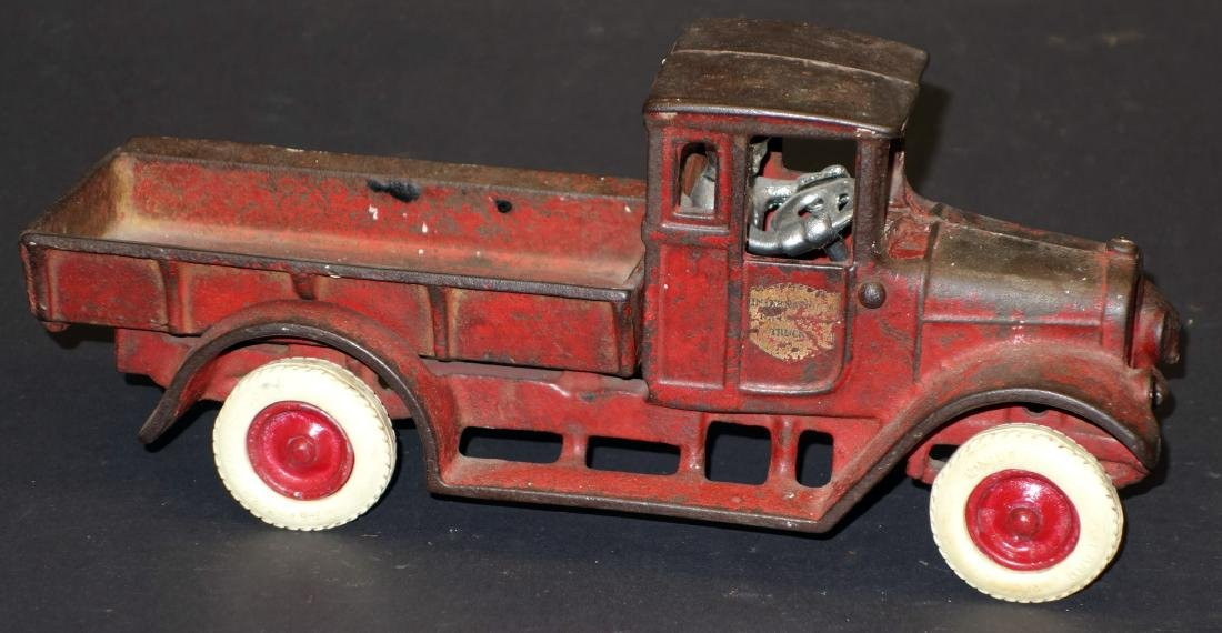 ARCADE RED BABY STATIONARY TRUCK
