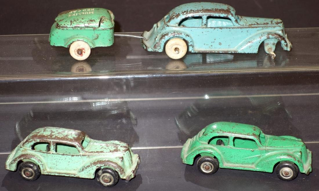 CAST IRON TOY CARS & TRAILER (4)