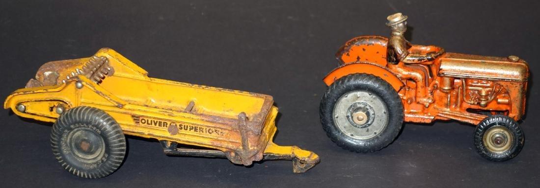 ARCADE OLIVER SPREADER & TRACTOR (2)