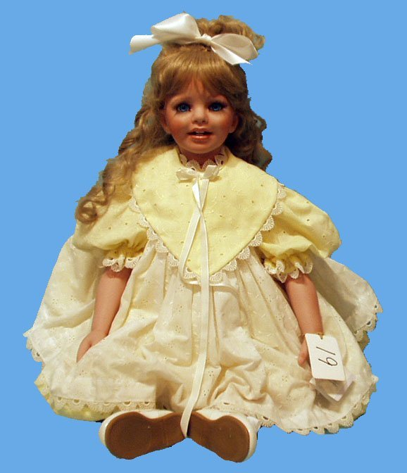 19: LIZA ARTIST DOLL BY MARY A CARTER