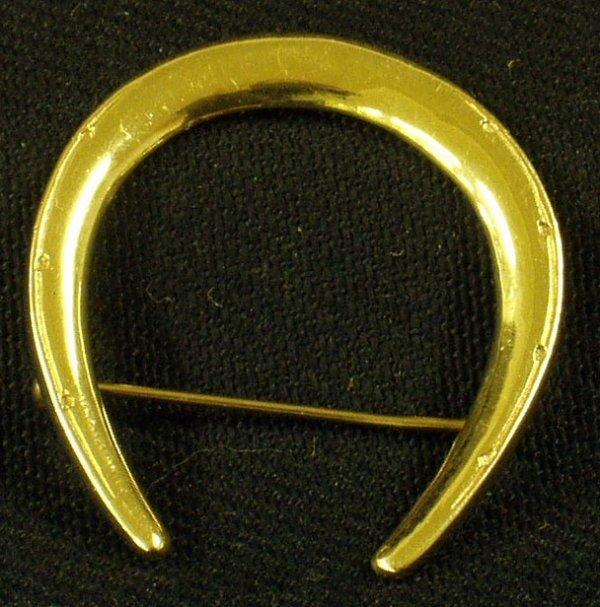 19: 14K GOLD HORSESHOE PIN