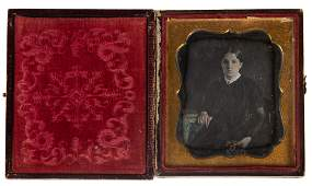 DAGUERREOTYPE PORTRAIT OF YOUNG WOMAN