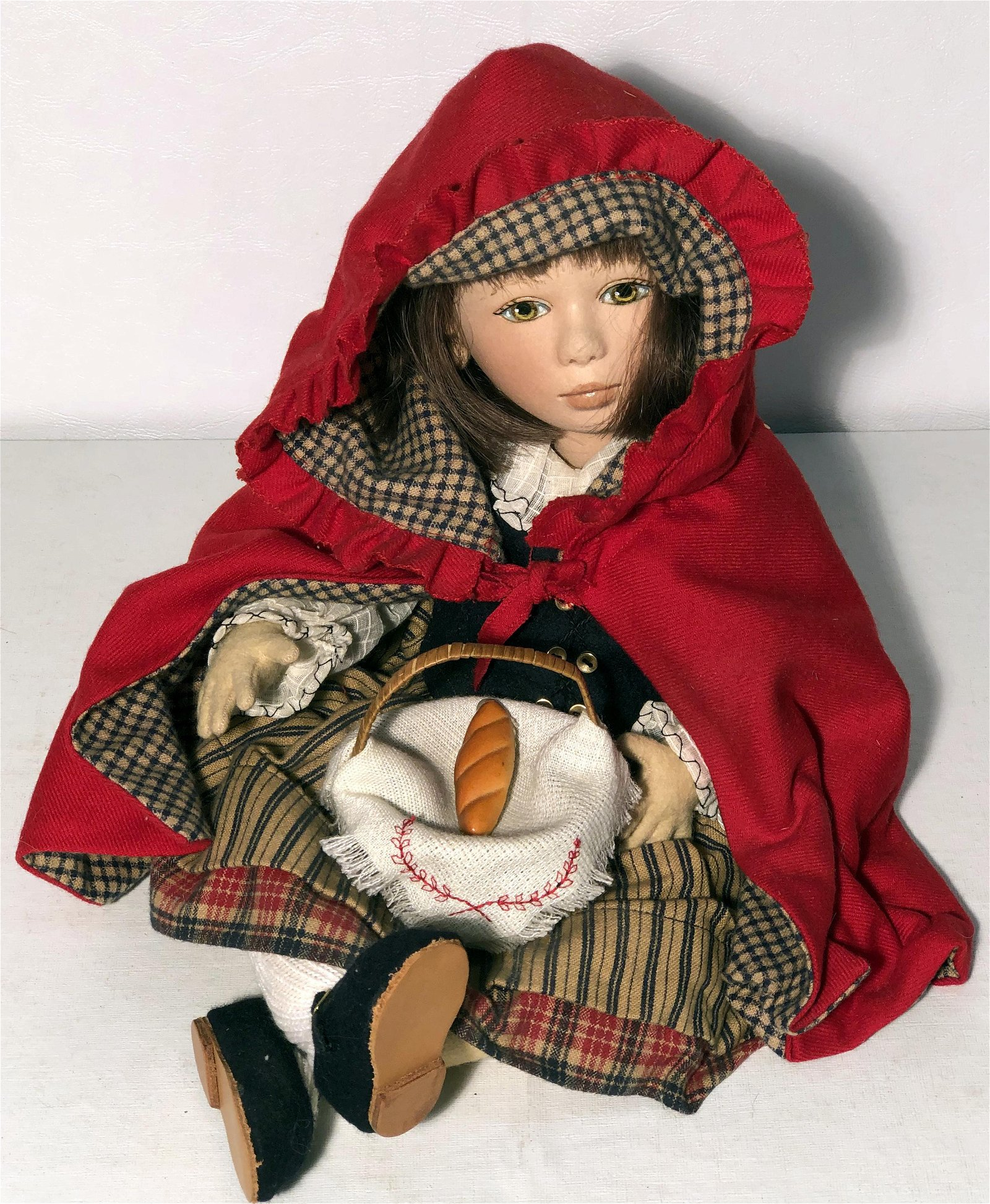 "MAGGIE IACONO ARTIST DOLL ""RED"""
