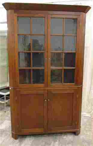ANTIQUE COUNTRY CORNER CUPBOARD