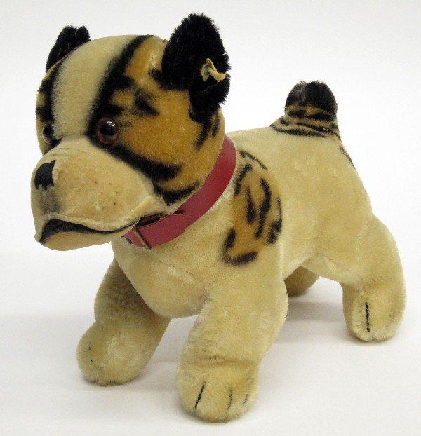 19: STEIFF DOG