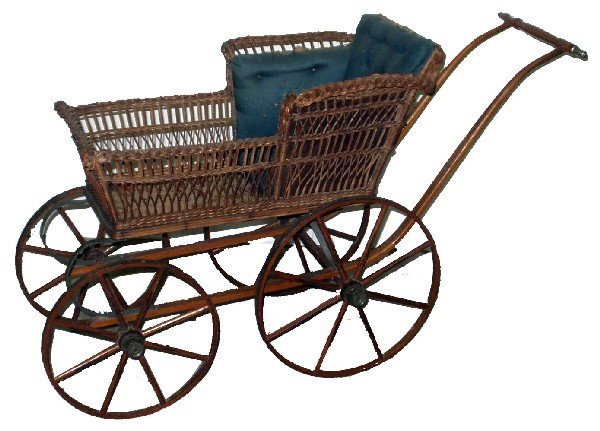 24: WICKER BABY CARRIAGE