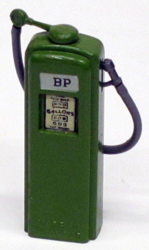 24: BRITAINS BP PETROL PUMP