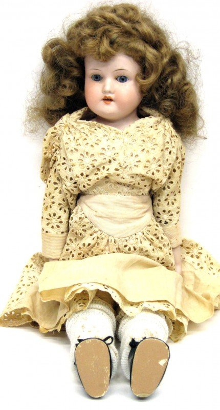 11: A.M. 370/0 BISQUE DOLL