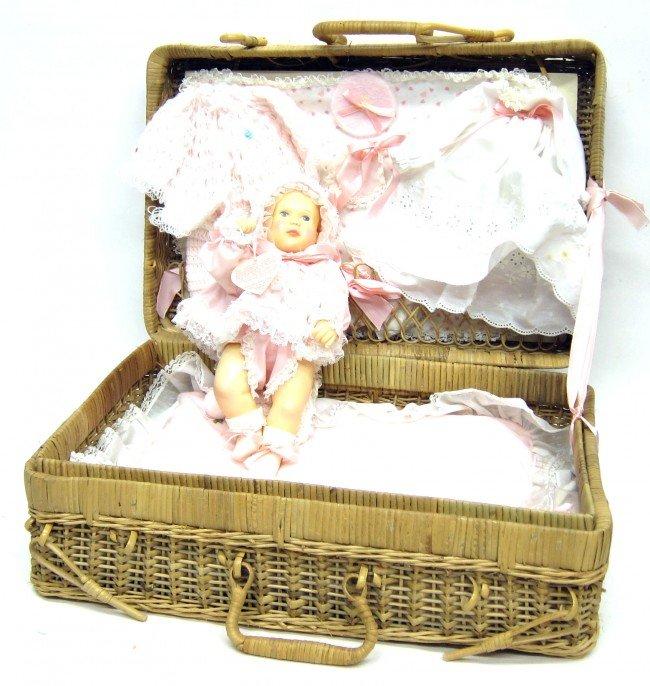 17: EFFANBEE BABY LISA