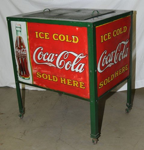 17: LATE 1920'S TO VERY EARLY 1930'S COCA-COLA COOLER
