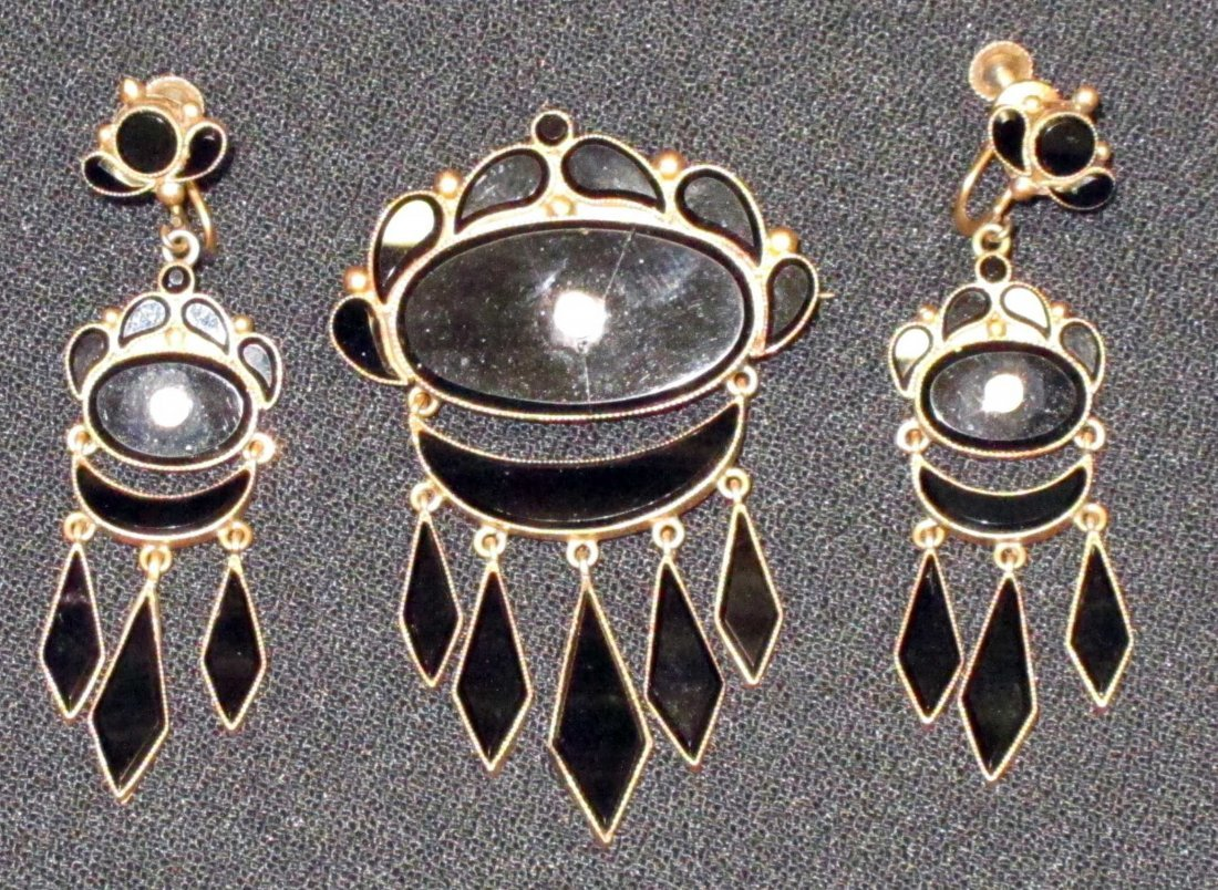 VICTORIAN ONYX PIN AND EARRINGS