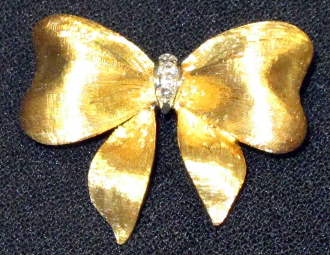 18K BOW PIN with (3) DIAMONDS