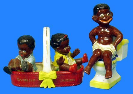 383: Black Americana 2 SETS SALT & PEPPER SHAKERS