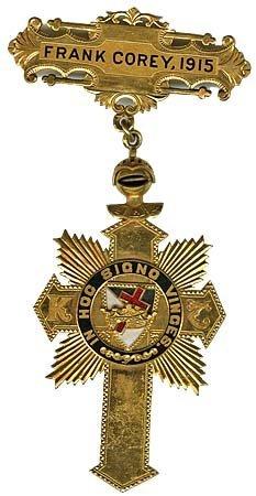 1134: 1915 BRITISH KNIGHTS TEMPLAR COMMANDER PIN