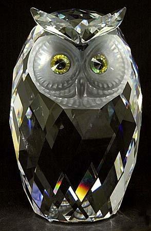 432: 1983 SWAROVSKI CRYSTAL GIANT OWL