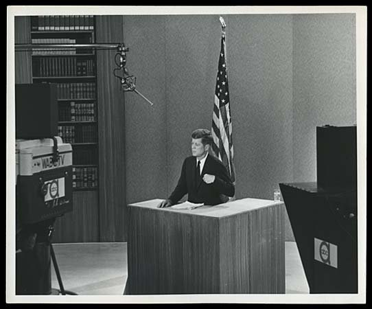796: 1960 KENNEDY DEBATE PHOTOS SELECTION