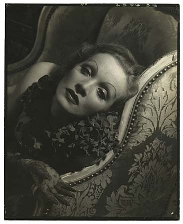 1104: 1930s-40s 8X10 MARLENE DIETRICH CONTACT PHOTO