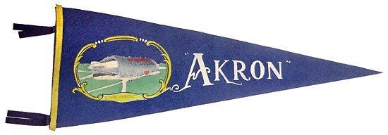 22: 1930s  AIRSHIP AKRON PENNANT