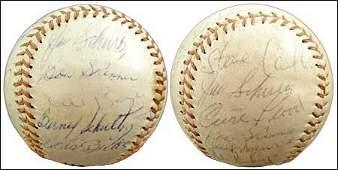 1095: 1965 ST LOUIS CARDINALS TEAM SIGNED BALLS (x2)