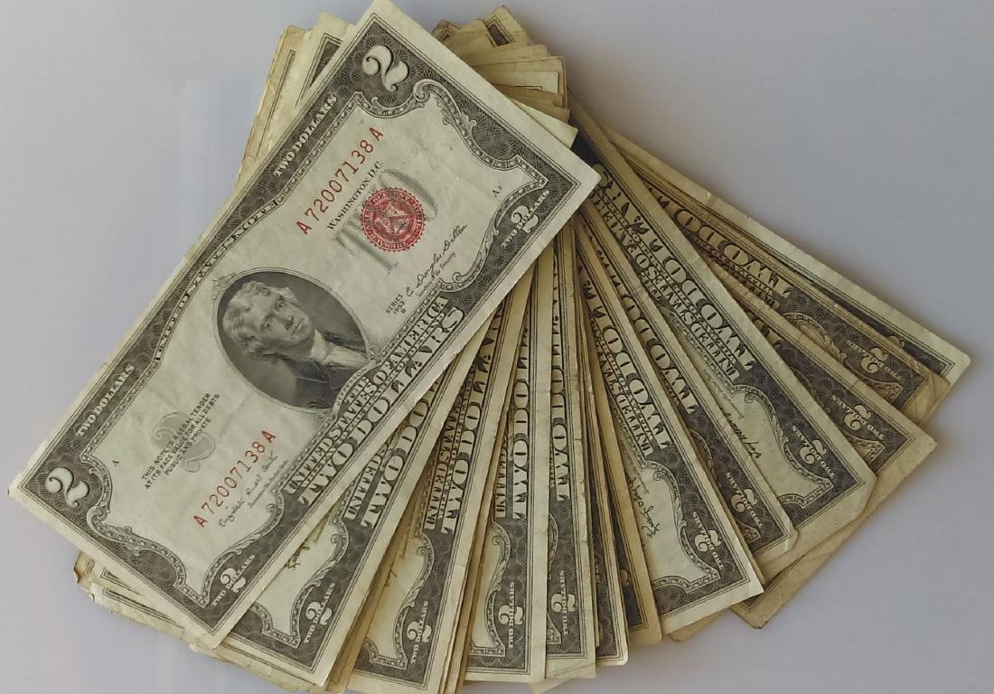 25 Pieces RED SEAL $2.00 NOTES-MIXED DATES- Average