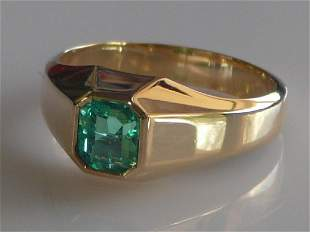 18k Emerald Solitaire Ring - Gem Quality