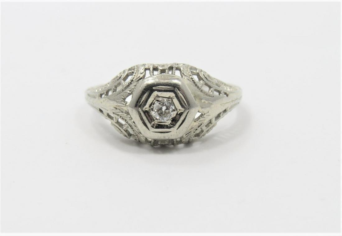 18K White Gold Vintage Diamond Ring