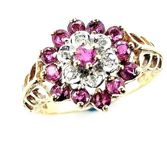 10K Yellow Gold Vintage Diamond and Ruby Ring