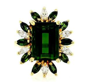 14K Yellow Gold Green Tourmaline & Diamond Ring