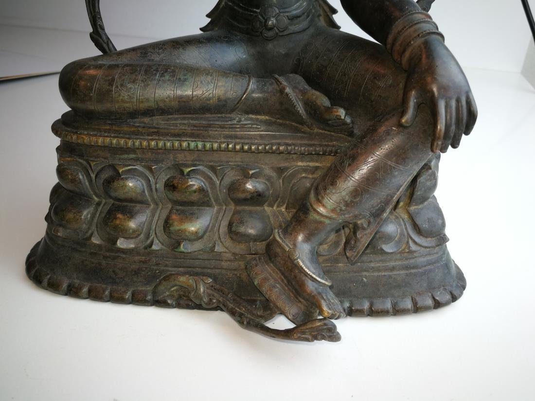 Antique Nepal or Tibet Bronze Buddha - 7