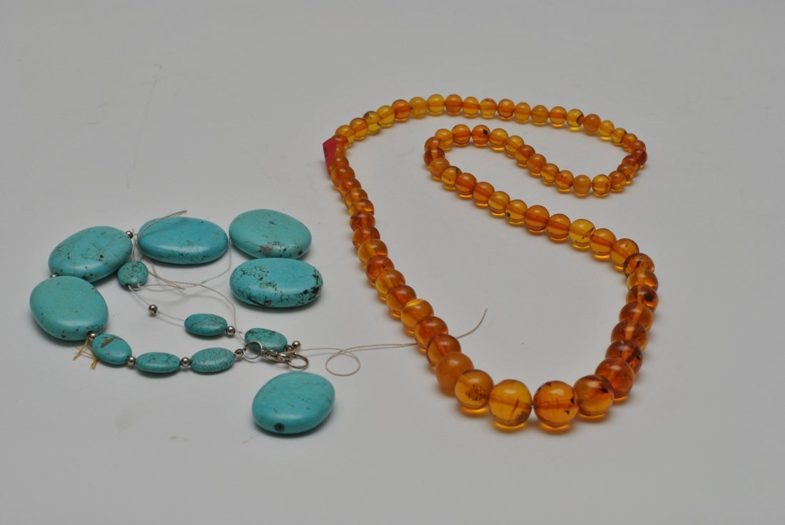 TWO VINTAGE NECKLACE