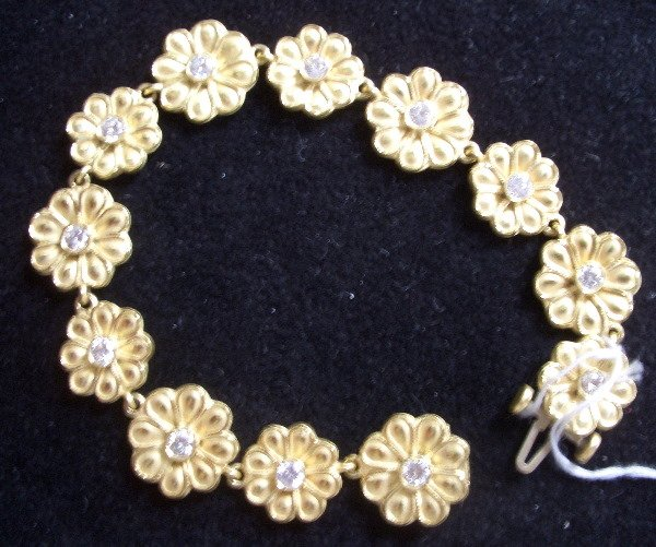 4: Buccellati  Style Diamond/Gold Bracelet Diamond 1.49