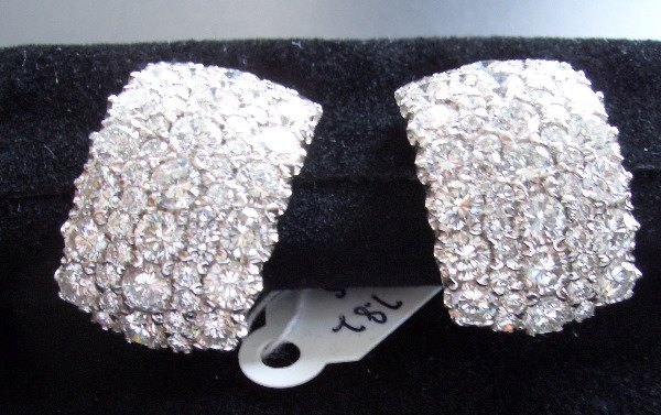 10: Bombe Diamond/Gold Ear Clips 7.82tcw ( F color VS2
