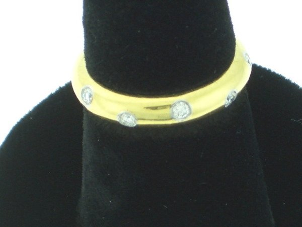 113: Tiffany Etoile style Diamond and Gold Ring