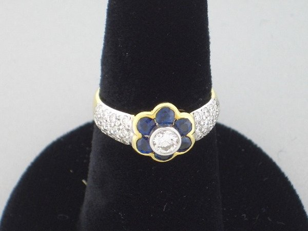 203: Diamond and Sapphire Flower ring  .47tcw, G, VS
