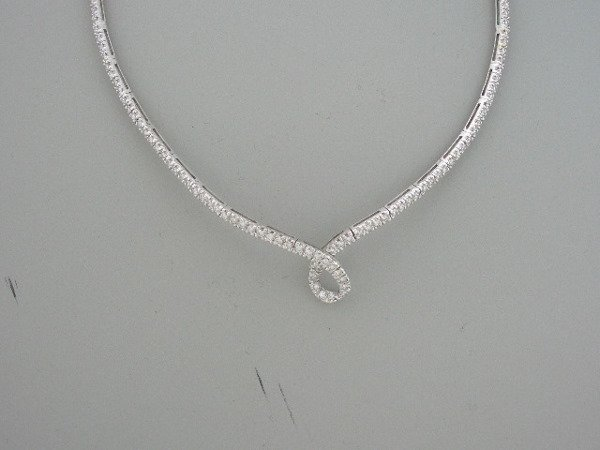 218: diamond & Gold necklace 2.88tcw G color VS clarity