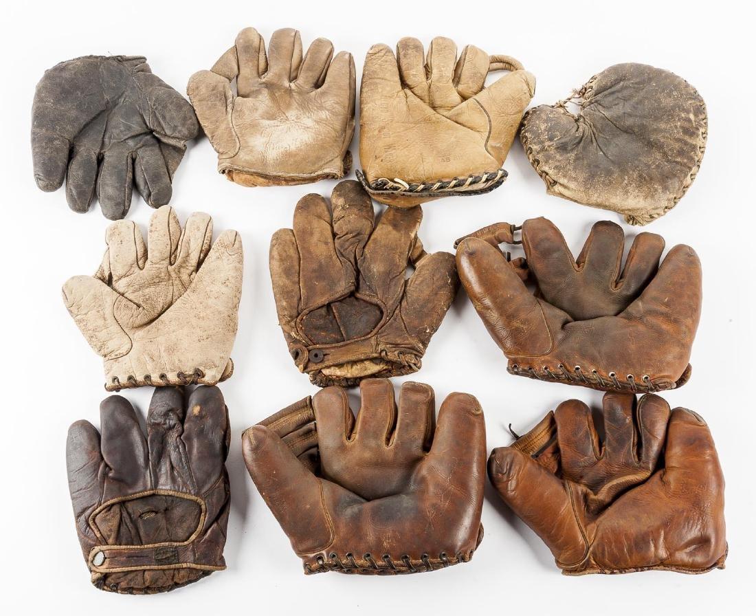 10 Vintage Baseball Gloves