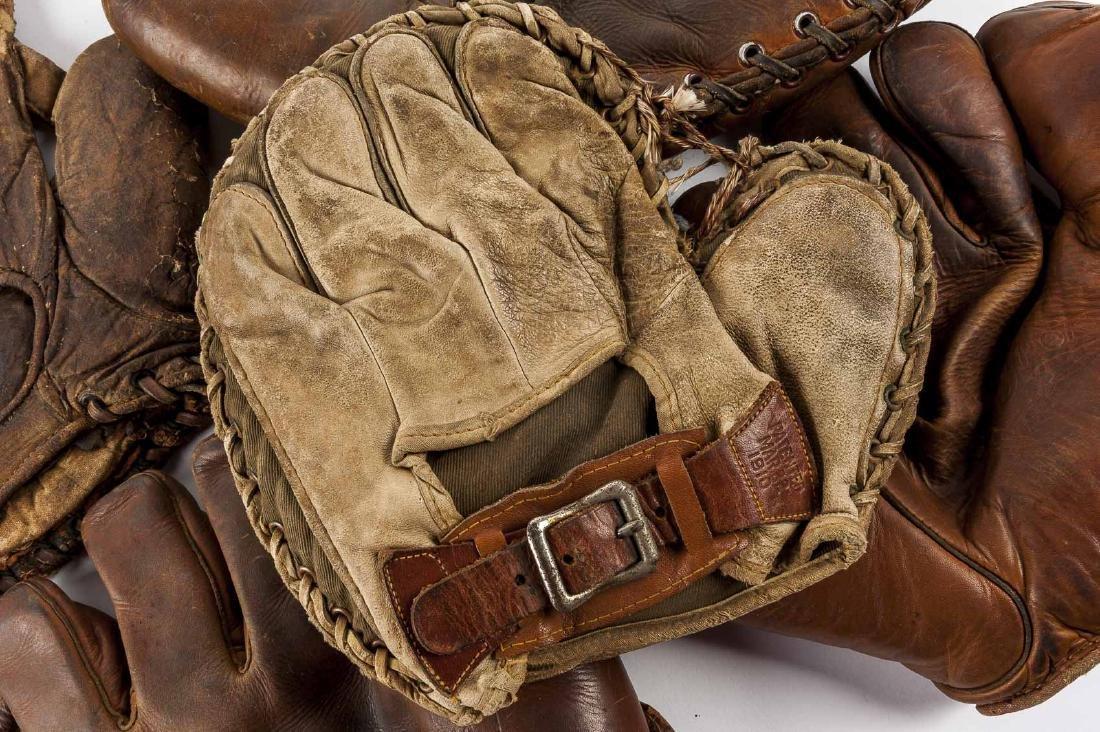 10 Vintage Baseball Gloves - 6
