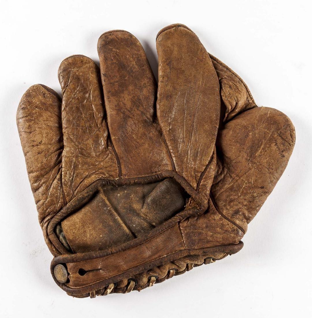 """1920s Winchester 1"""" Web Baseball Glove - 2"""