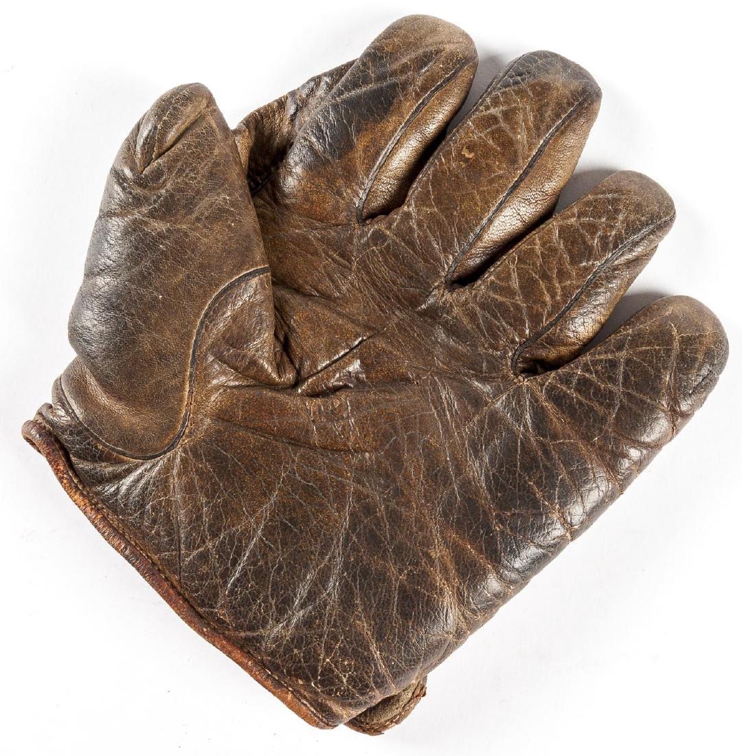 "Victor Wright & Ditson 1"" Web Baseball Glove"
