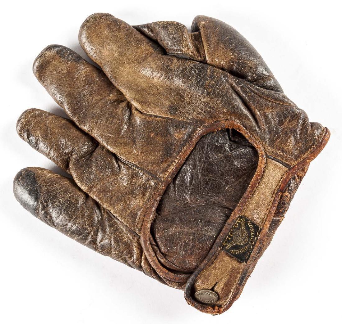 "Victor Wright & Ditson 1"" Web Baseball Glove - 2"