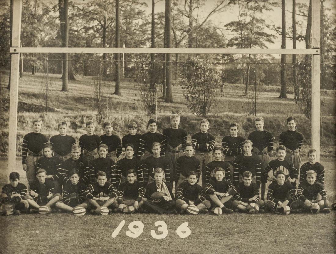 5 Football Photos incl 1920s and 1930s - 6