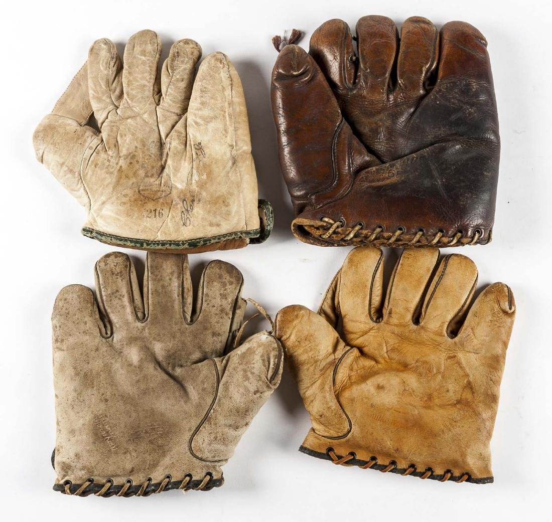 4 Vintage Baseball Gloves Incl Thos E Wilson & Co.