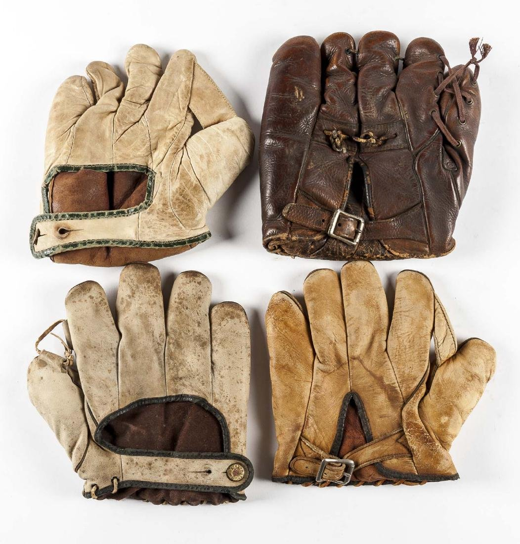 4 Vintage Baseball Gloves Incl Thos E Wilson & Co. - 2
