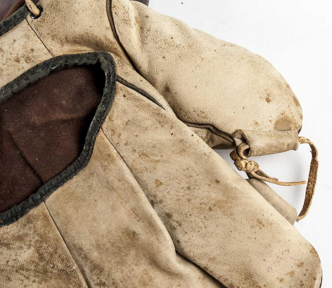 4 Vintage Baseball Gloves Incl Thos E Wilson & Co. - 6
