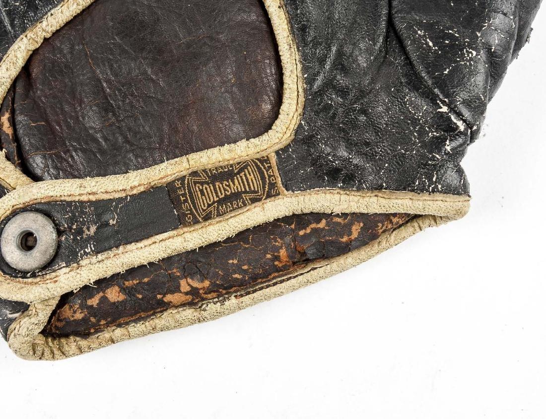4 1910s & 1920s Web Gloves Incl Goldsmith - 6
