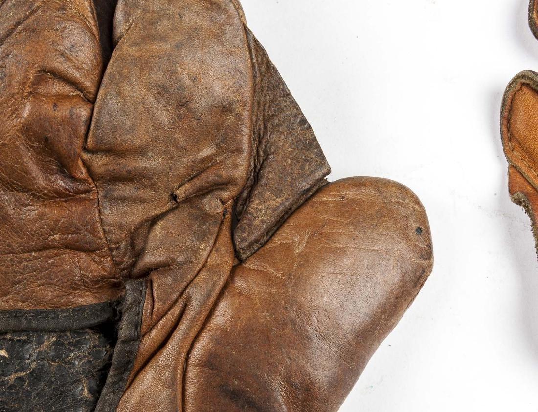 4 1910s & 1920s Web Gloves Incl Goldsmith - 7