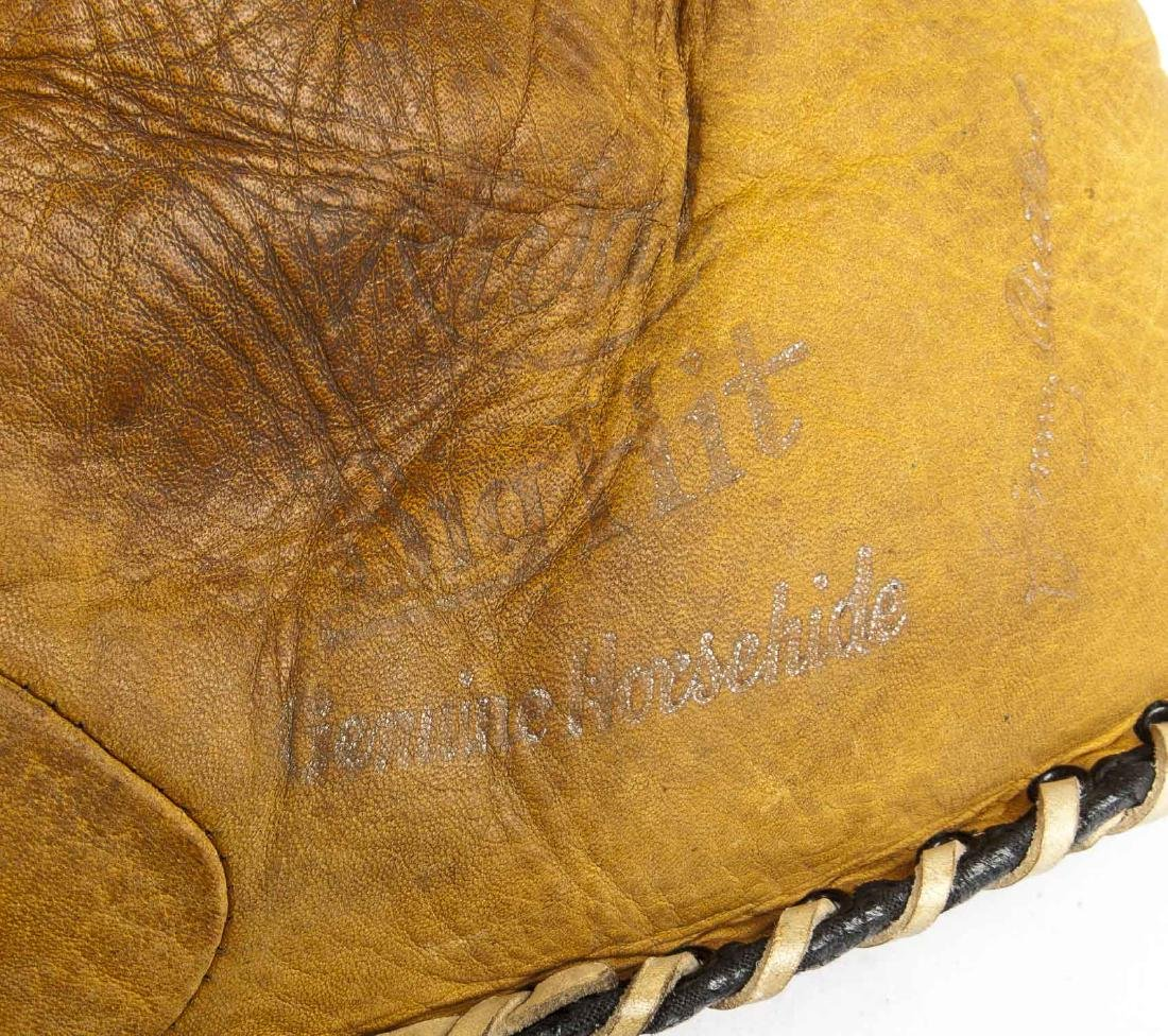 4 1910s & 1920s Web Gloves incl Jimmy Outlaw - 4