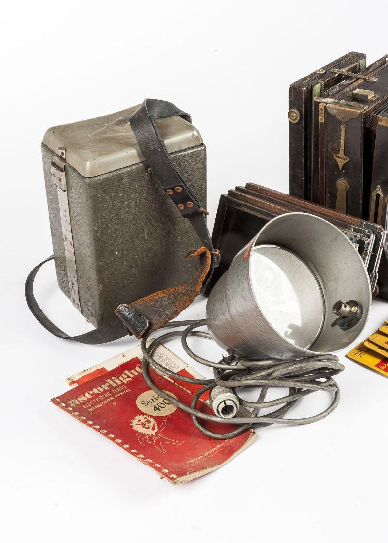Agfa Ansco Accordion Box Camera Outfit in Cases - 5