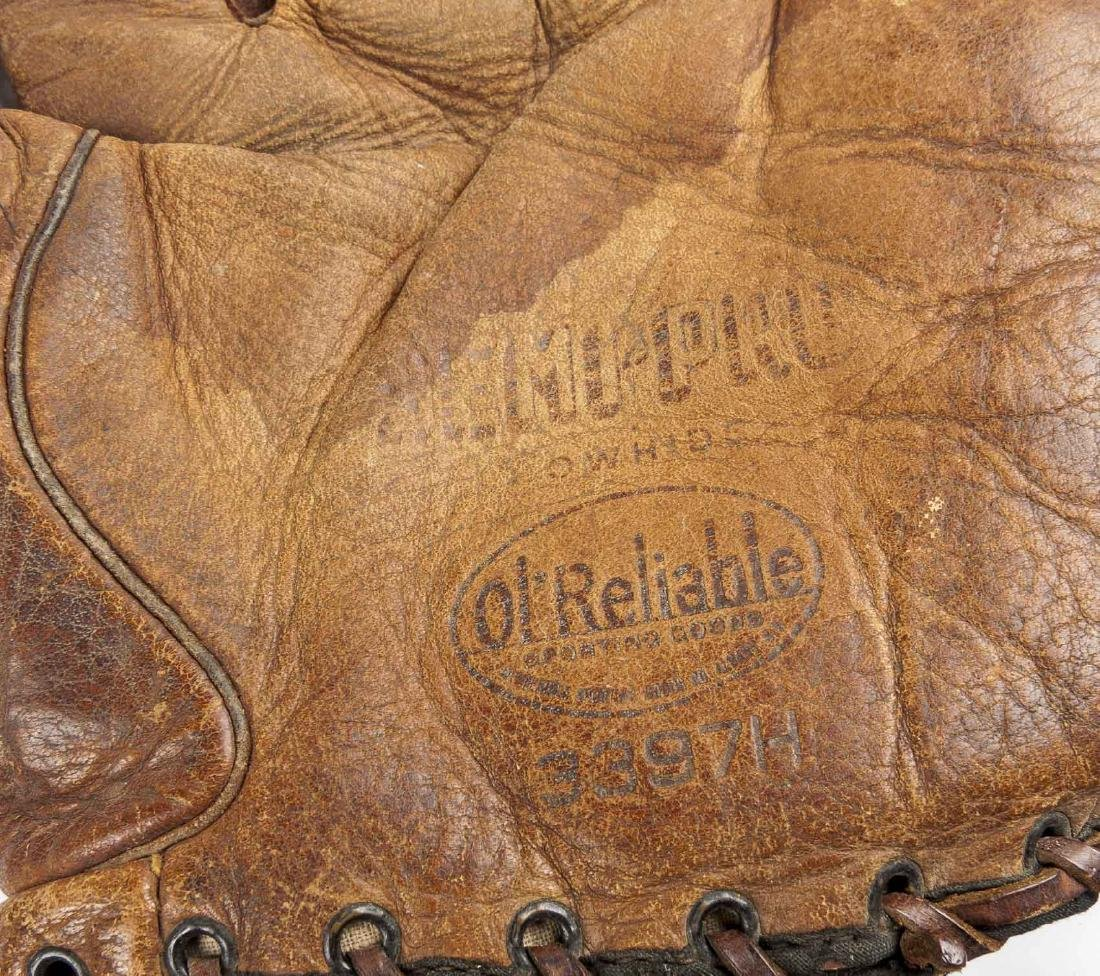 4 1910's & 1920's Web Gloves Incl D & M - 4