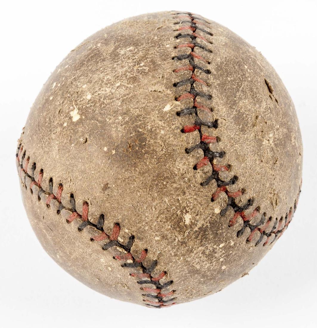 2 Vintage Balls incl Wilson Playground Ball - 4